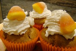 HOW TO MAKE PUMPKIN MUFFINS FROM SUGAR PUMPKINS!