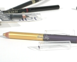 BABY BOOMER BEAUTY PENCIL IN YOUR BROWS BABY!